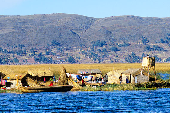 Titicaca, Los Uros Islands